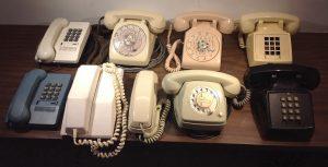 Téléphones 01